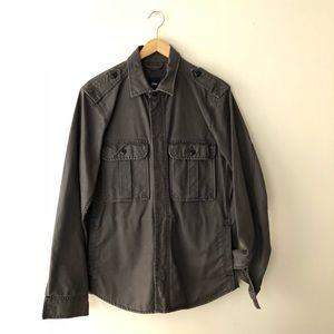 GAP Jackets   Coats - Men s vintage navy military jacket. 4da50149c1b